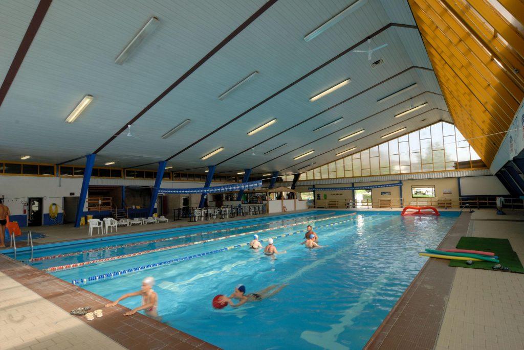 Piscina comunale sestola residence giardino montecreto - Immagini di piscina ...